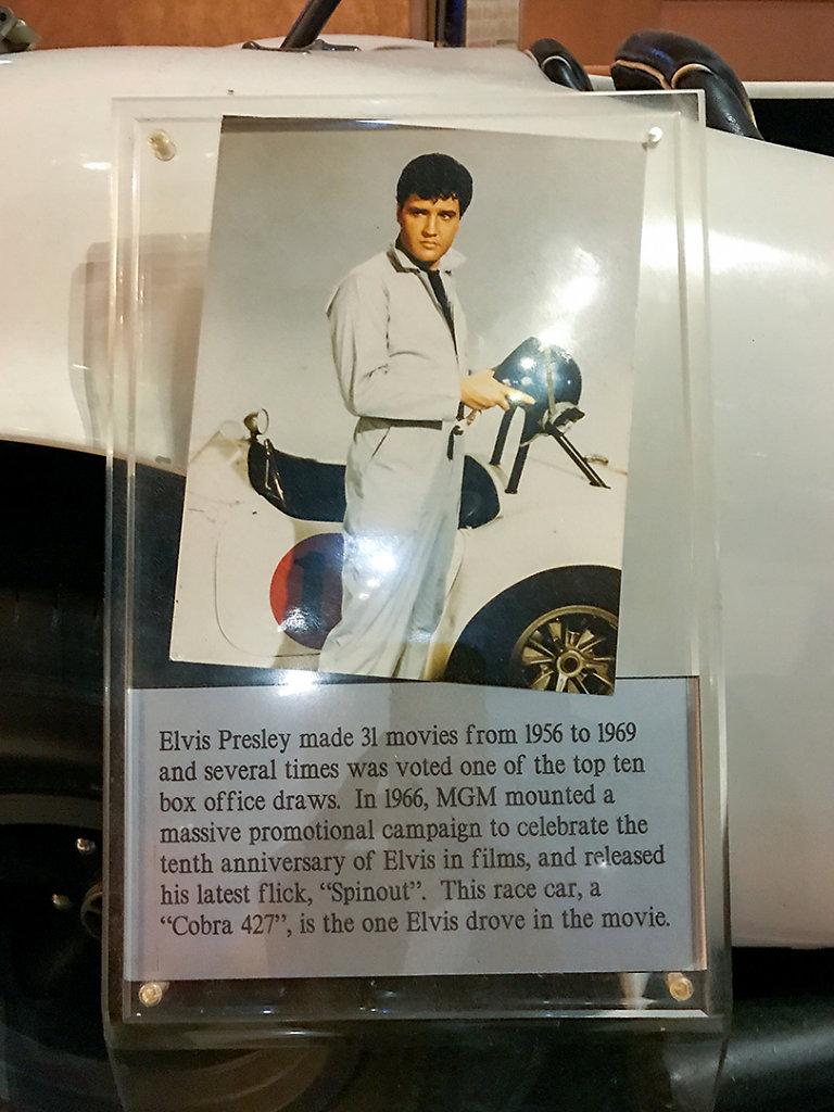 Elvis prop